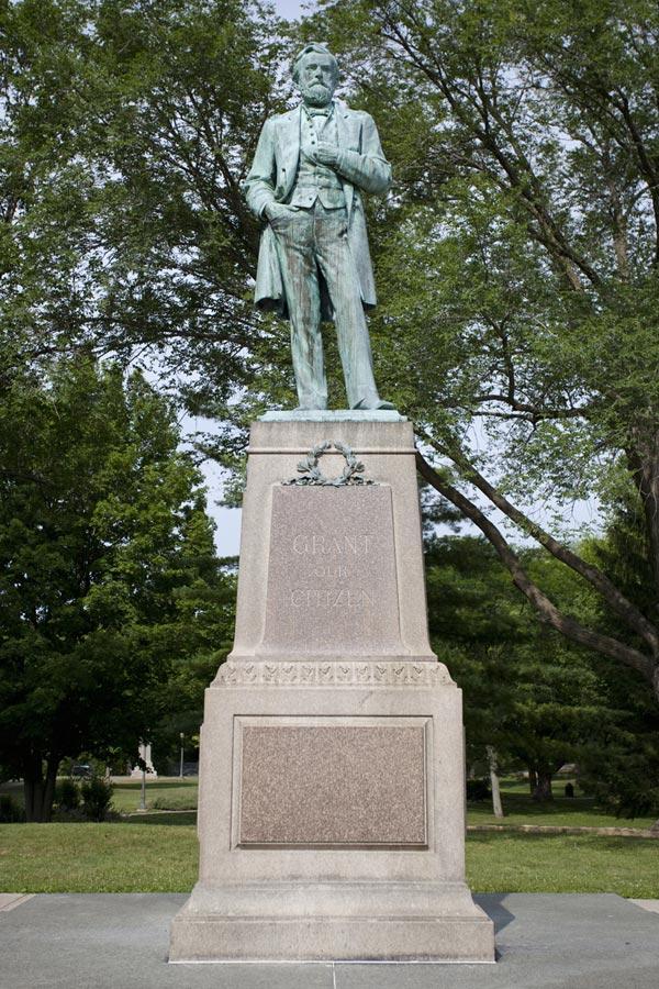 Statue of Ulysses S Grant in Grant Park Galena IL
